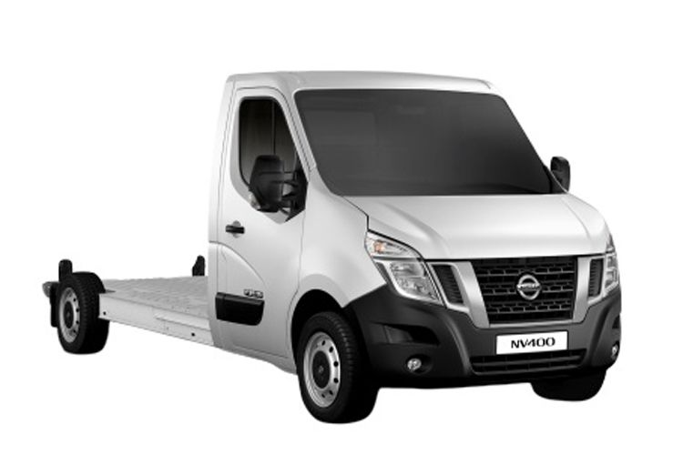 Nissan NV400 L3 35 FWD 2.3 dCi FWD 150PS Tekna Chassis Cab Manual [Start Stop] front view
