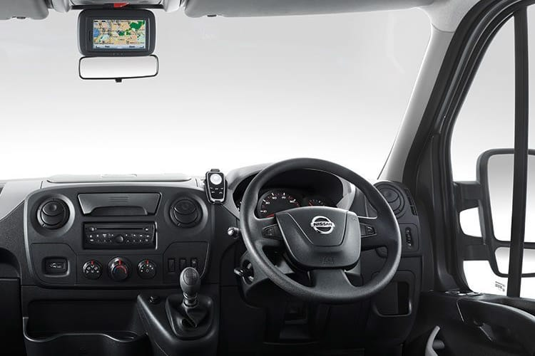Nissan NV400 L3 35 FWD 2.3 dCi FWD 150PS Tekna Chassis Cab Manual [Start Stop] inside view